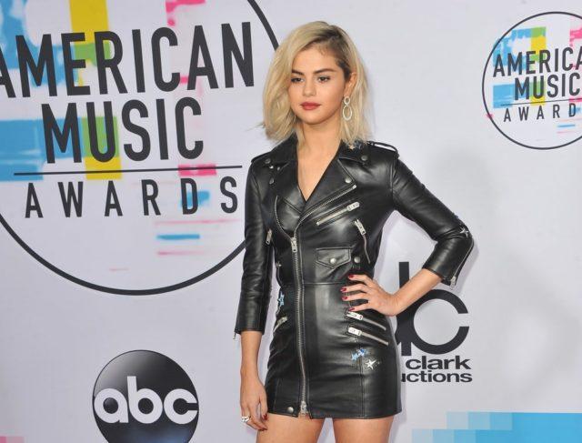 Selena Gómez en los premios American Music Awards