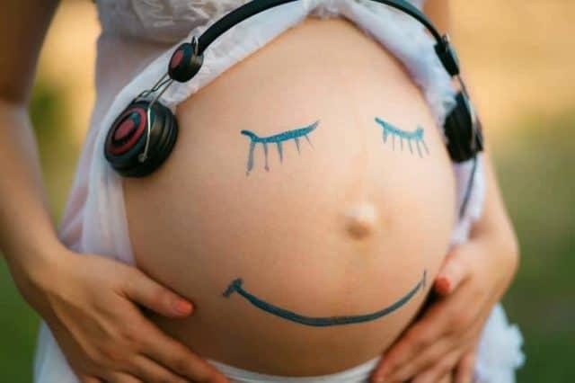 Musicoterapia para embarazadas y efectos sobre los bebes