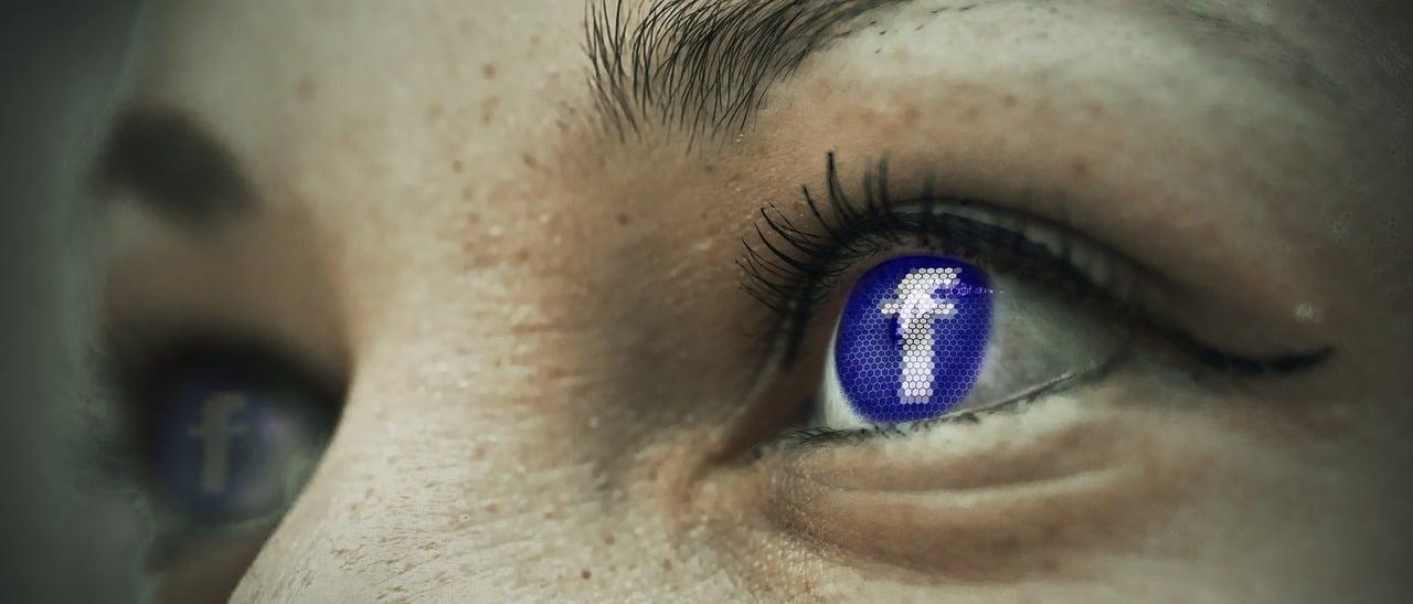 Cantantes con mas seguidores en Facebook